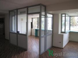 For rental floor office in Nea Filothei Marousi