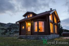 Finland chalet for sale in Parnassos mountain Livadi