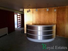 For rent luxury office space on two levels in Maroussi near Kifissias Avenue