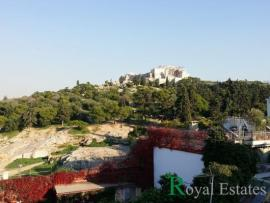 Unique neoclassical house for sale at Thiseio overlooking Parthenonas