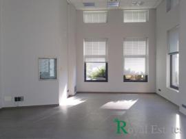 Luxury commercial building for rent in Halandri near Kifissias Avenue