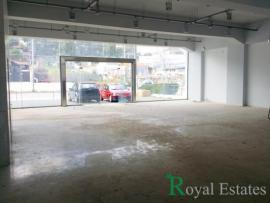 For rent commercial building in Glyka Nera