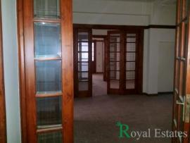 For rent commercial space in downtown Athens Karytsi square